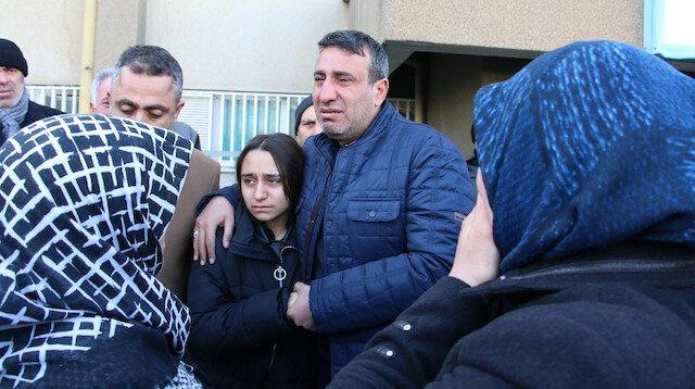 Elazığ'daki depremde ölen Ömer'in babasına söylediği son sözleri kahretti: Evimin direği beni neden bırakıyorsun