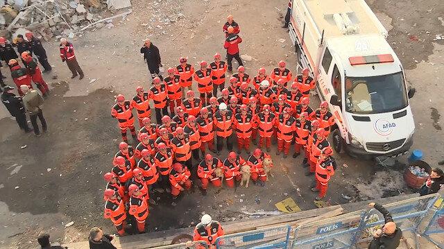 Arama kurtarma ekipleri Elazığ'a veda etti
