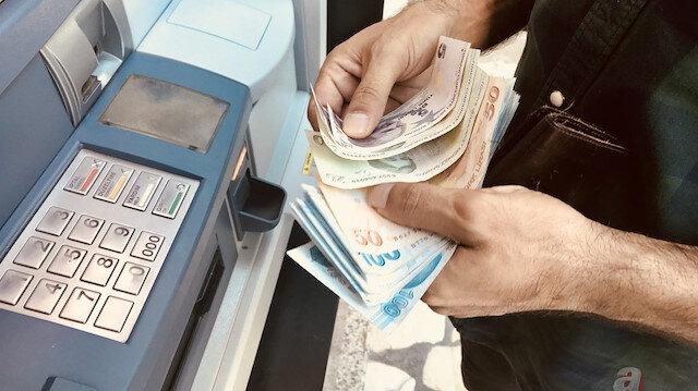 Deprem bölgesinde banka kredi borçlarına erteleme talebi