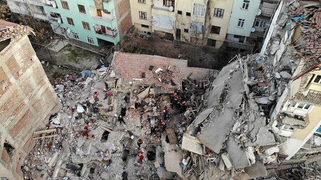 Depremde yıkılan Aykent apartmanı ile ilgili şok iddia: Kolonları kesildi