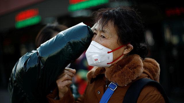 Çin'de maske stokları tükendi