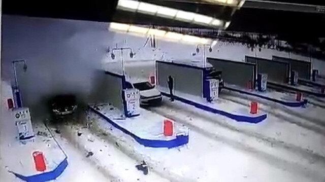 Rusya'da akaryakıt istasyonundaki araçta patlama