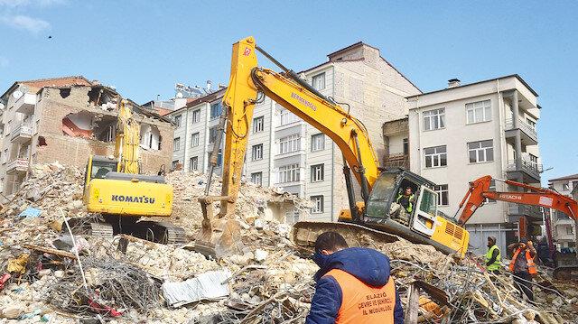 38 bin bina hasar gördü