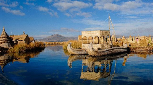 Yüzer gezer adalar: Titikaka Gölü