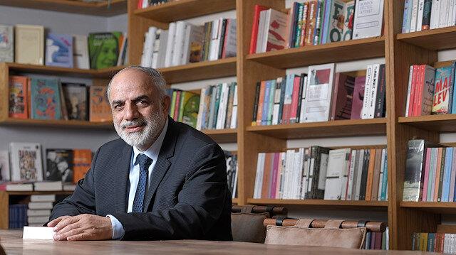 """Mustafa Özel : Romanbilimsiz  kapitalizm,  romantarihsiz  ulus anlaşılamaz!"""""""