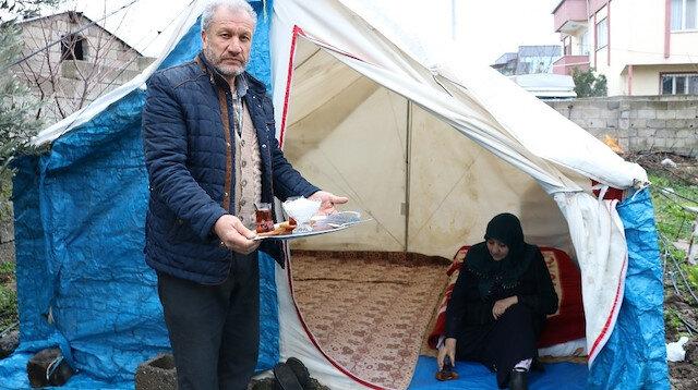 Deprem korkusundan çadırda yaşamaya başladılar: Psikolojik destek bekliyorlar