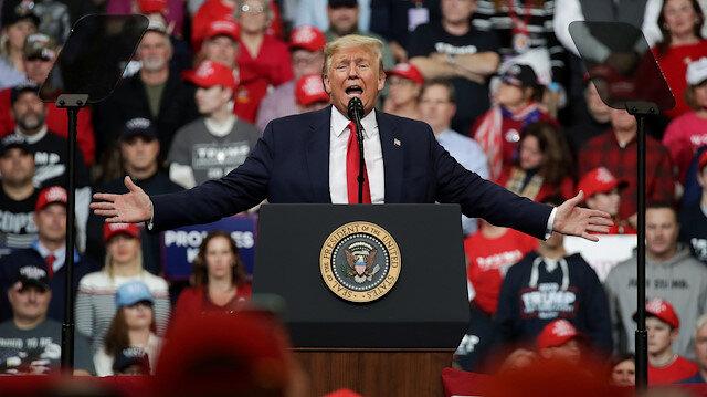 Trump'tan kafaları karıştıran açıklama: Nisanda havaların ısınmasıyla koronavirüs biter