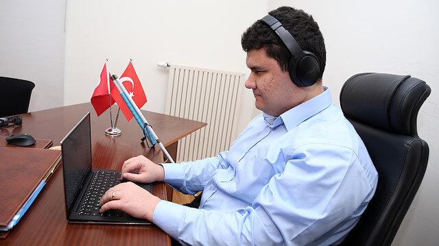 Facebook'un Silikon Vadisindeki ilk Türk görme engelli yazılım mühendisi oldu