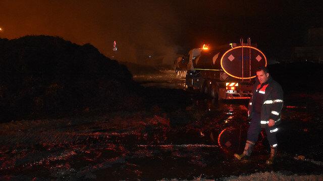 Adana'da pamuk yağı fabrikasında yangın: 3 gün sonra söndürülebildi