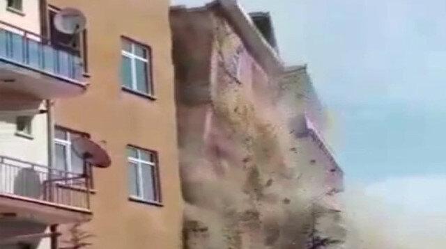 Elazığ'da 4.2'lik depremin ardından hasarlı bina çöktü