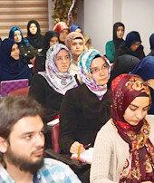 Uluslararası ilahiyat 700 mezun verdi