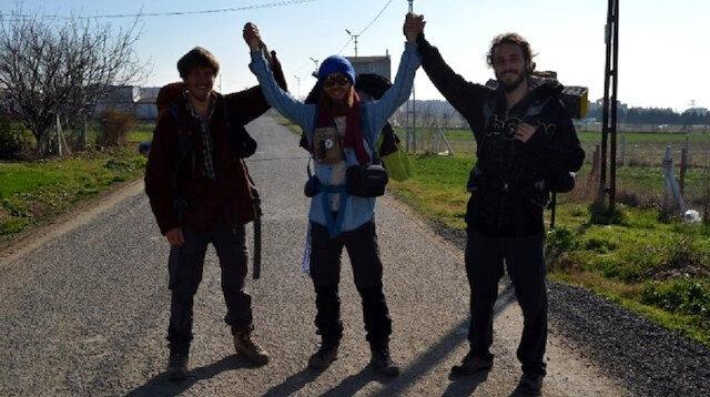 Fransız 3 genç yürüyerek Mekke, Kudüs ve İstanbul'a gidiyor