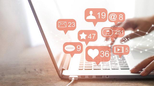 3.8 milyar sosyal medya kullanıyor