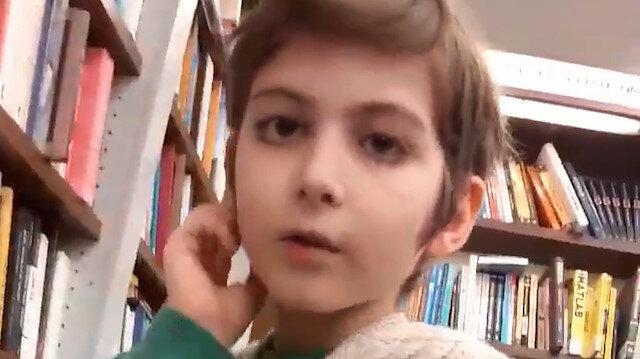 Kitap kurdu küçük filozof sosyal medyayı salladı