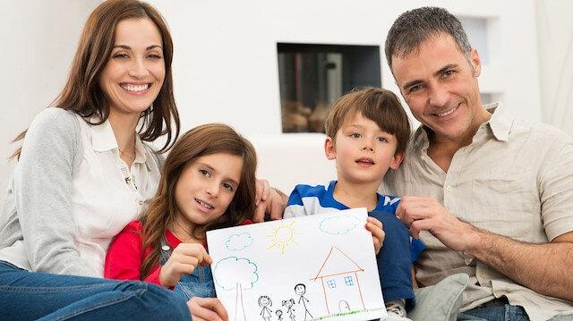 👨👩👧👦 Aile hekiminden çocuk sağlığı için 'sevgi içeren reçete'
