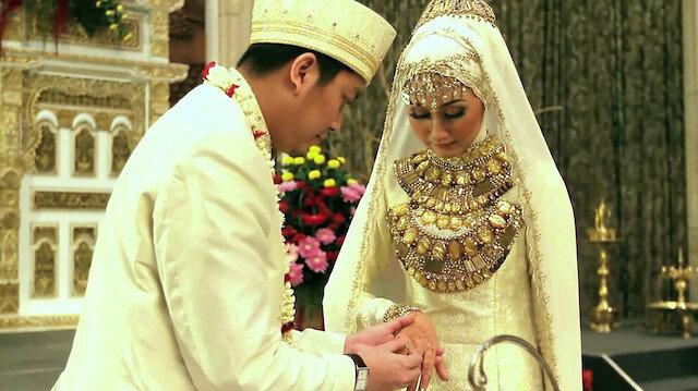 Endonezya'da yoksulluğu azaltmanın formülü: Zenginler yoksullarla evlensin