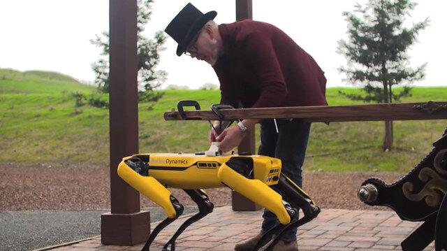 Boston Dynamics'in robotu 'fayton' çekiyor