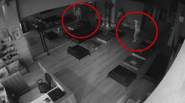 Aynada kendisinden korkan hırsız panikle kaçtı