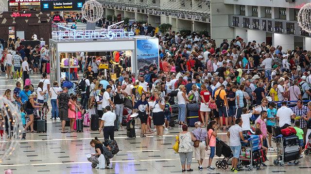 Turizmde 2020 rekorla başladı: Ocak ayında Türkiye'yi 1 milyon 787 bin 435 yabancı ziyaret etti