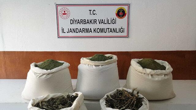 Diyarbakır'da PKK'lı teröristlerce kullanılan sığınak imha edildi