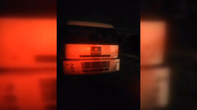 Gece saatlerinde kaçak döküm yapan İBB kamyonuna müdahale