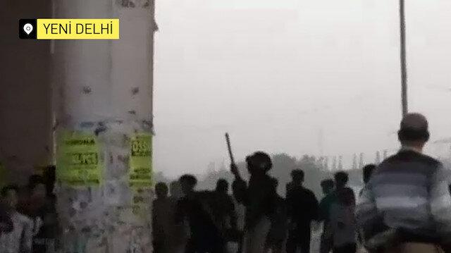 Hint milliyetçileri cami yaktı, Kur'an-ı Kerim yırttı