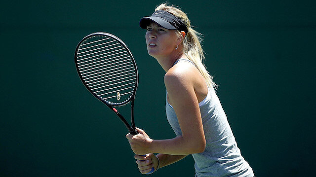Sporun efsanelerinden Sharapova tenisi bıraktığını açıkladı