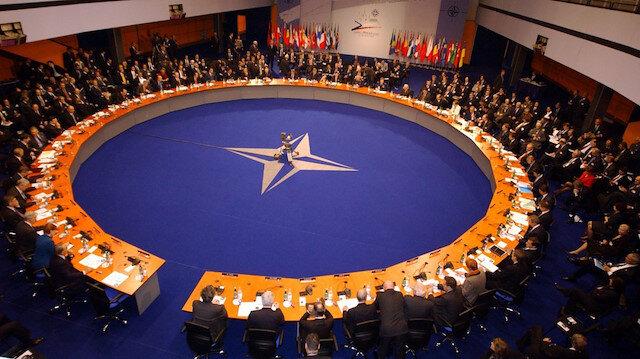 NATO Türkiye'nin çağrısı üzerine olağanüstü toplandı
