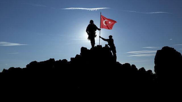 Türkiye tek yürek: CİMER'e gönüllü askerlik başvurusu yağdı