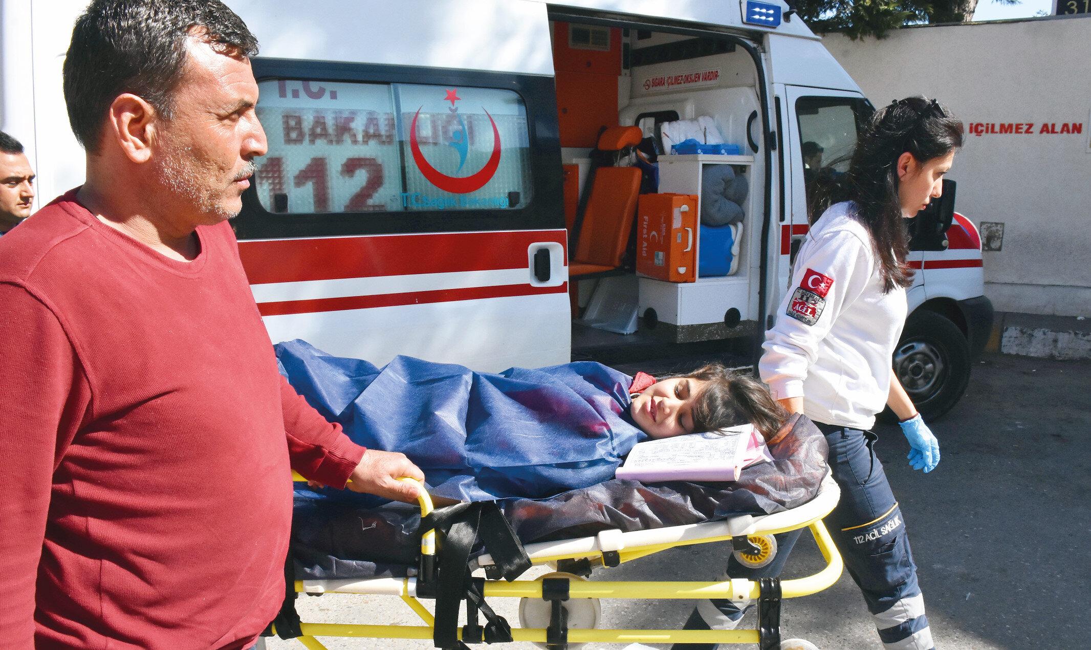 9 yaşındaki Sedil Alahmad hastaneye kaldırıldı.