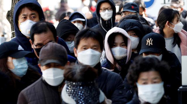 Korku giderek artıyor: Çin'de Kovid-19 salgınında ölenlerin sayısı 2 bin 983'e çıktı