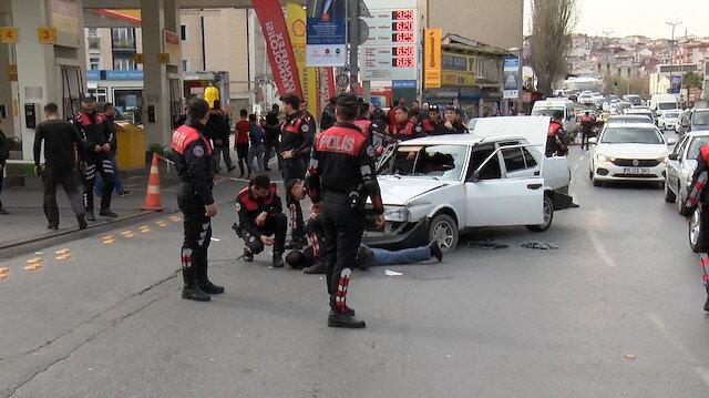 Beyoğlu'nda polisten kaçan şüpheli ortalığı birbirine kattı