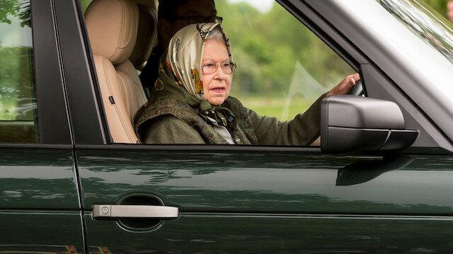 Kraliçe Elizabeth koronavirüsten kaçtı: Buckingham Sarayını terk etti