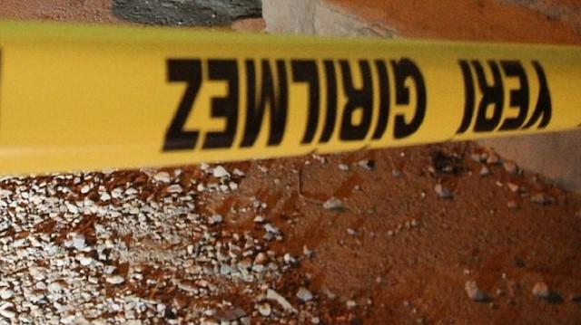 Yurt dışından polisi aradı, evinin avlusunda ceset gömülü olduğunu ihbar etti