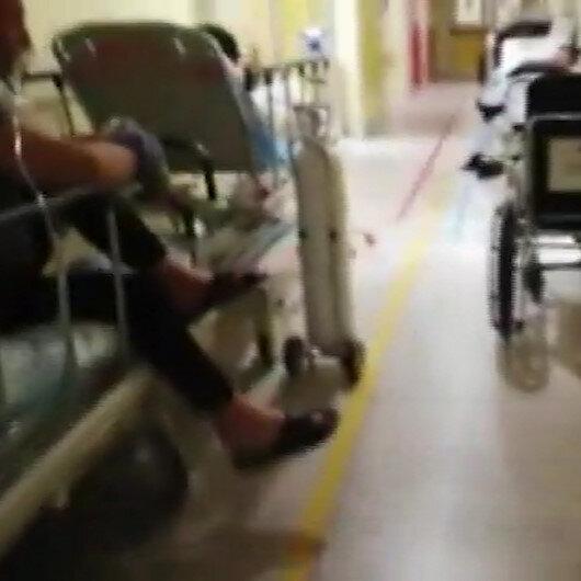 İtalya'da koronavirüs tespit edilen hastalar koridorlarda tedavi ediliyor