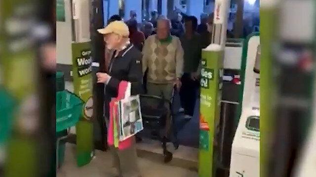 Kapılarını sadece yaşlı müşteriler için açtılar