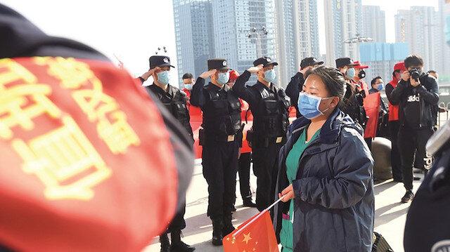 Çin'de kabus bitiyor: Sağlık çalışanları ayrılıyor