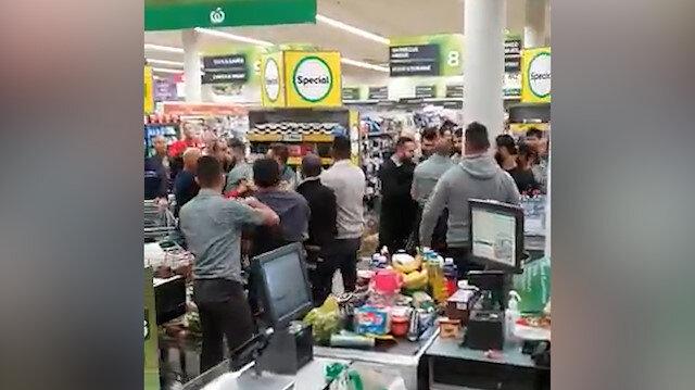 Markette birbirlerine girdiler