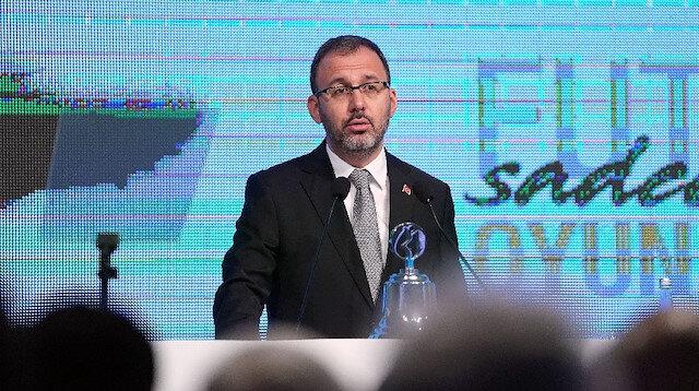 Bakan Kasapoğlu açıkladı: Ligler ertelendi