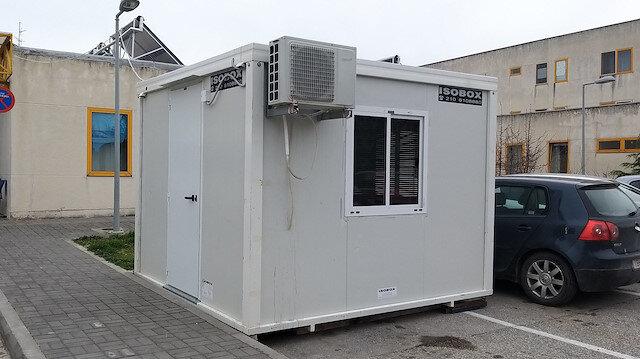 Yunanistan'ın korona tespit merkezi görüntülendi: 15 metrekarelik konteyner