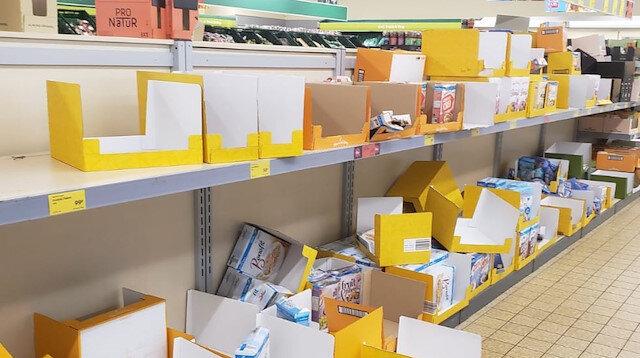 İngiltere'de marketlerden koronavirüs önlemi: Satışlara kısıtlama getirildi