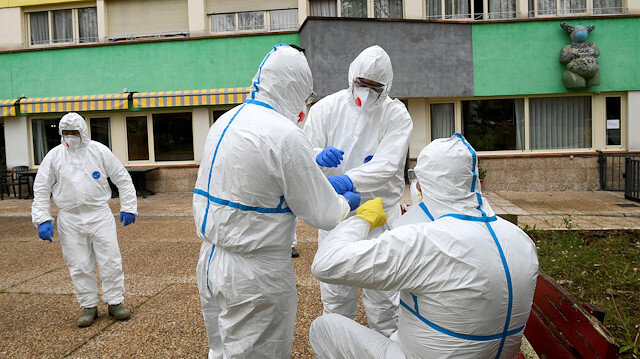 İspanya'da koronavirüs durdurulamıyor: Ölü sayısı bin 326 vaka sayısı ise 25 bine ulaştı