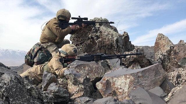 Barış Pınarı bölgesine sızma girişiminde bulunan 2 PKK/YPG'li terörist etkisiz hale getirildi