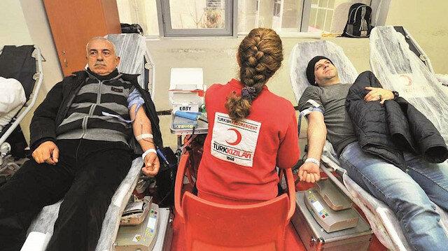 Türk Kızılayı'dan kan bağışı çağrısı: Koronavirüs nedeniyle kan bağışı durma noktasında