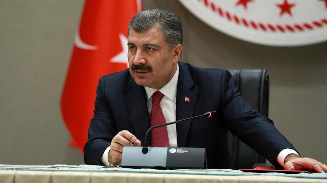 Sağlık Bakanı Koca 65 yaş üstü yaşlıları uyardı: Sokağa çıkma yasağına uyun
