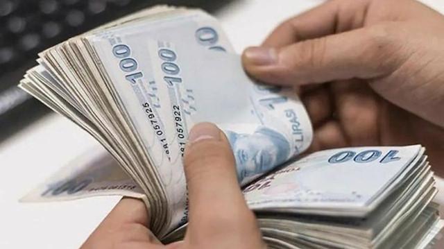 Bakan Selçuk'tan emeklilere müjde: En düşük emekli aylığı 1500 lira oldu