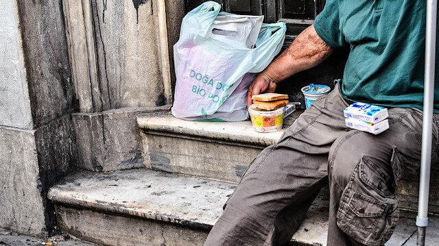 Çorbada Tuzun Olsun derneği koronavirüse karşı evsizler için rapor hazırladı: Her 3 evsizden birinin kronik solunum rahatsızlığı var