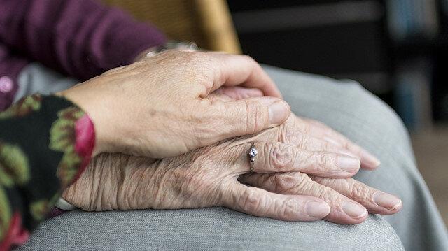65 yaş üstü vatandaşlara koronavirüs için 19 'altın' öneri