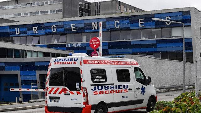 Fransa'da en genç ölüm: 16 yaşındaki genç kız koronavirüsten hayatını kaybetti