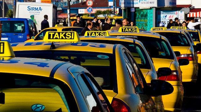 Ticari taksilerin trafiğe çıkışına sınırlama: Gece yarısından itibaren yürürlüğe girdi